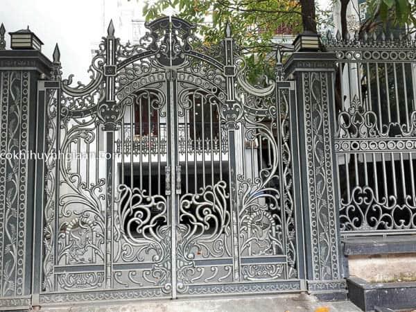 Cửa cổng sắt mỹ thuật biệt thự 027