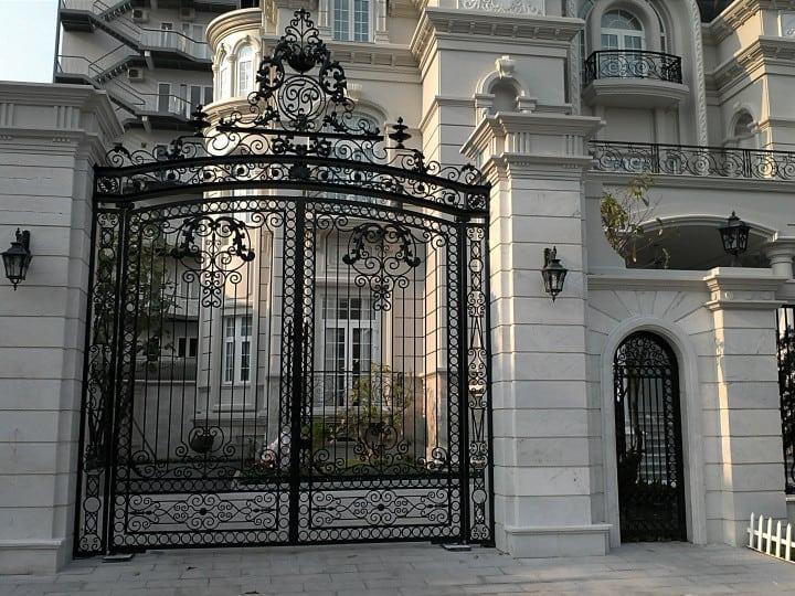 Cổng biệt thự đẹp Mỹ Thuật  CMT 1091