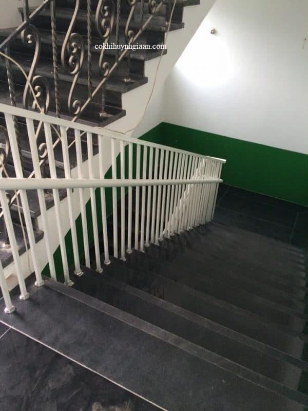 Cầu thang sắt kết hợp