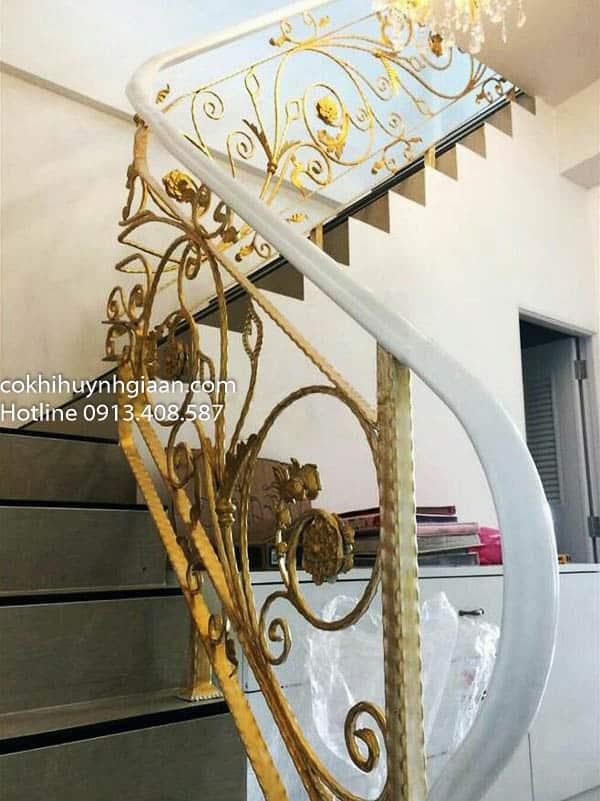 cầu thang sắt mỹ thuật đẹp