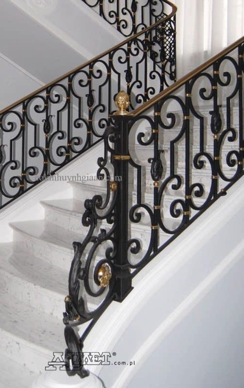 mẫu cầu thang sắt mỹ thuật