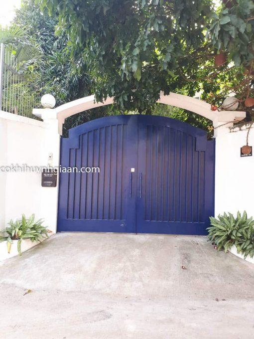 cửa cổng sắt 2 cánh đẹp