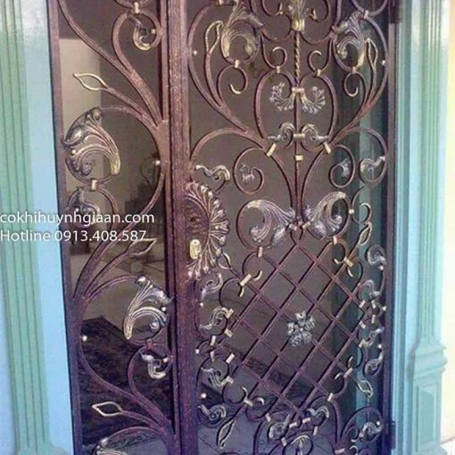 mẫu cửa sắt uốn đẹp