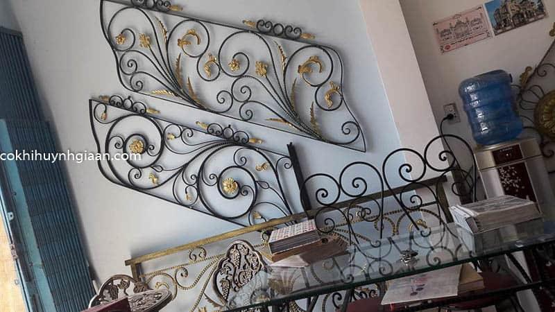 mẫu cầu thang sắt uốn đẹp