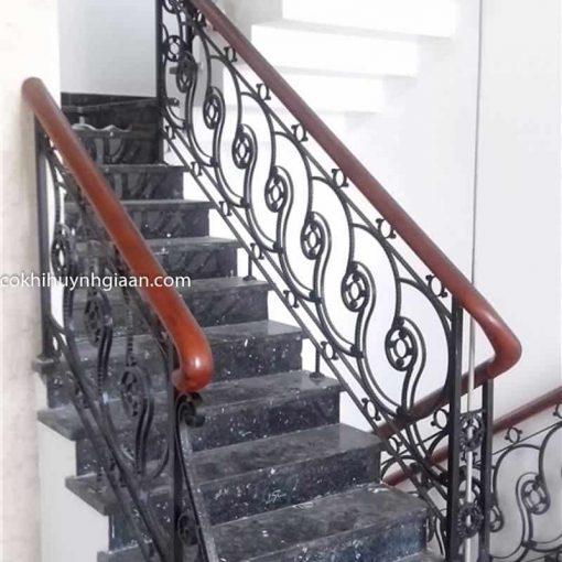 mẫu cầu thang sắt mỹ thuật đẹp