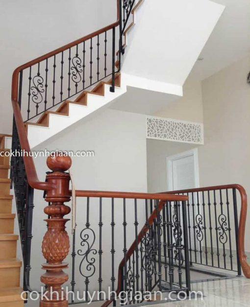 mẫu cầu thang sắt đẹp