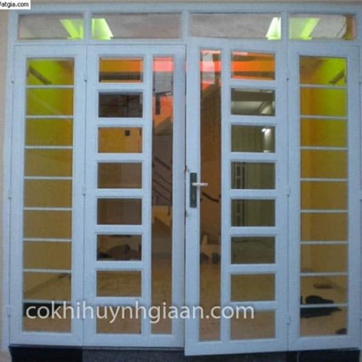 cửa sắt kính 4 cánh