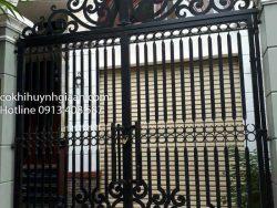 cổng uốn mỹ thuật