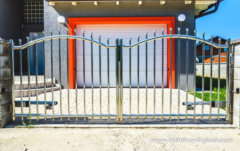 Cửa cổng inox CCI008