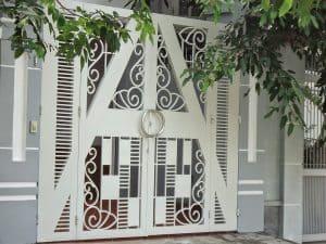 cửa cổng sắt uốn đẹp