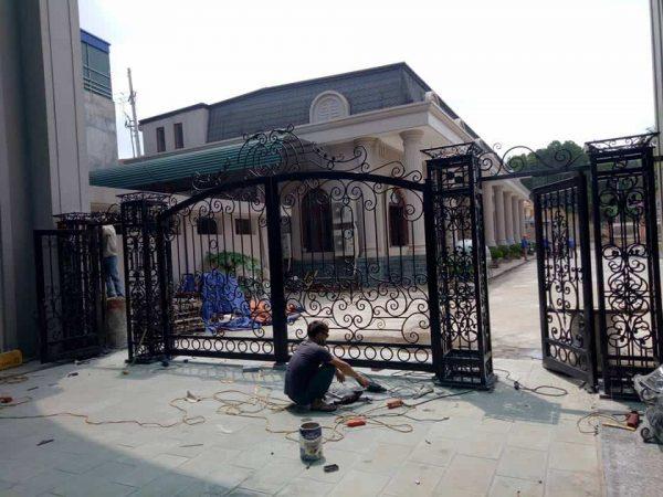 cổng sắt biệt thự đẹp