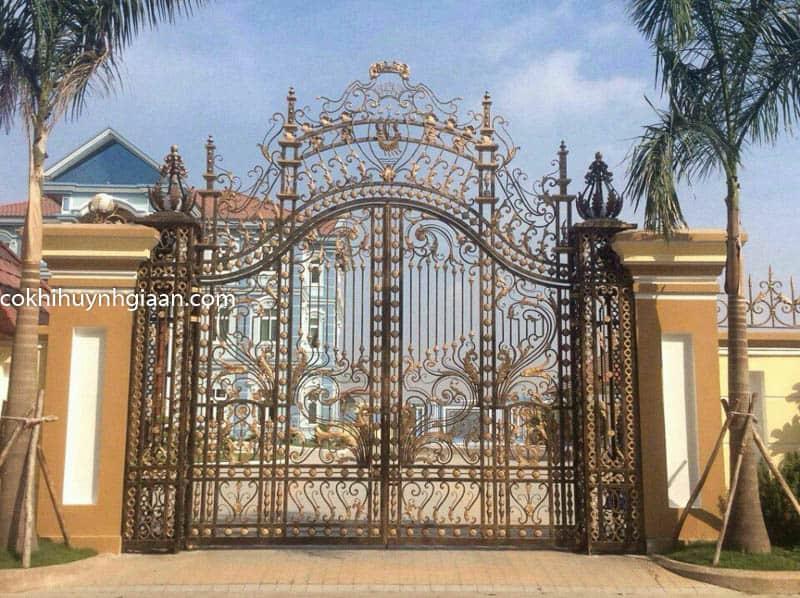 Cổng nhà đẹp sắt mỹ thuật