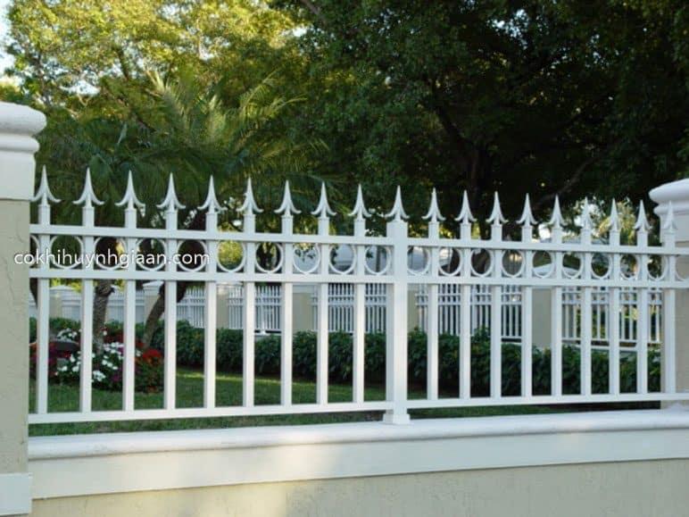 Hàng rào sắt pano đẹp đơn giản
