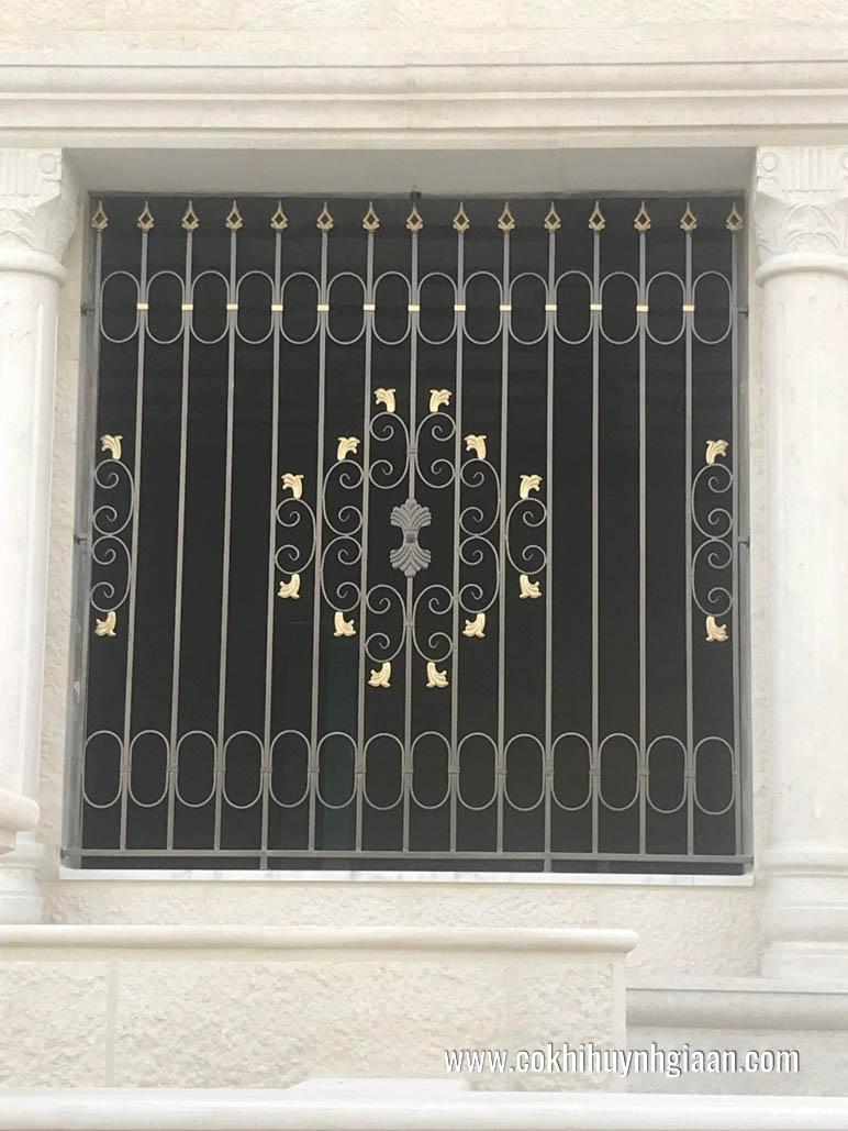 Mẫu song cửa sổ sắt đơn giản nhẹ nhàng