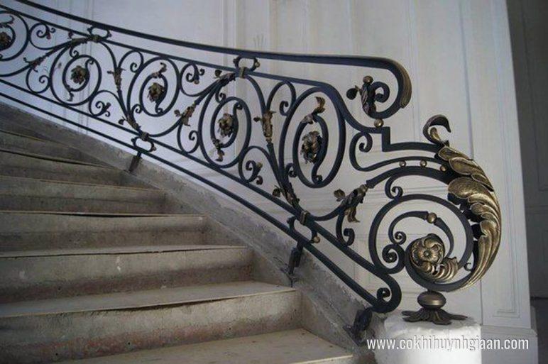 Cầu thang sắt nghệ thuật CT1124 đẳng cấp