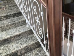 Cầu thang sắt mỹ thuật CT1129