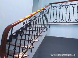 Cầu thang sắt nghệ thuật CT1140 đơn giản