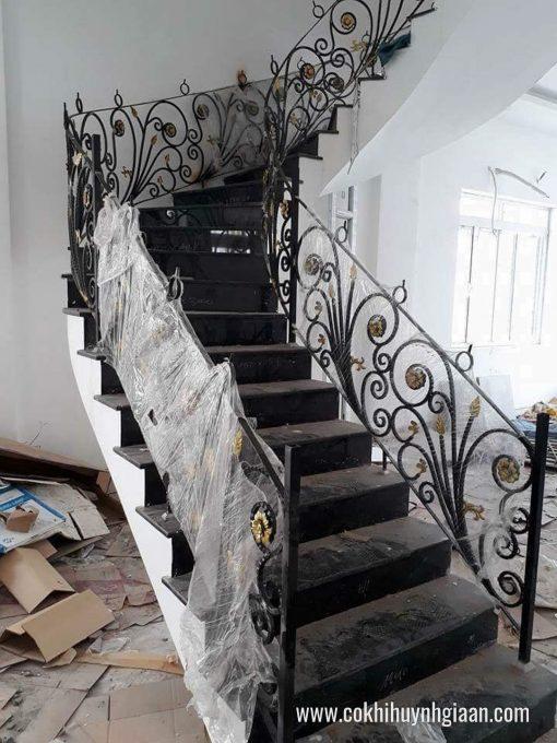 Cầu thang sắt nghệ thuật CT1154