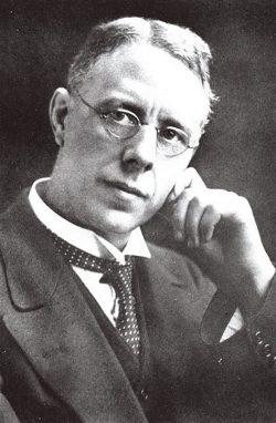 Harry Brearley là người phát minh Inox