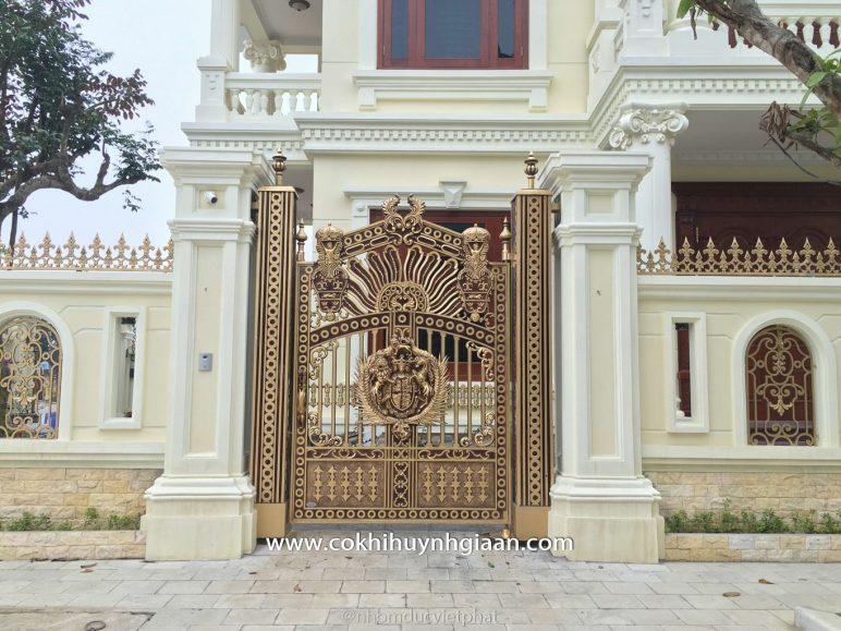 Cổng nhôm đúc mỹ nghệ CND1008