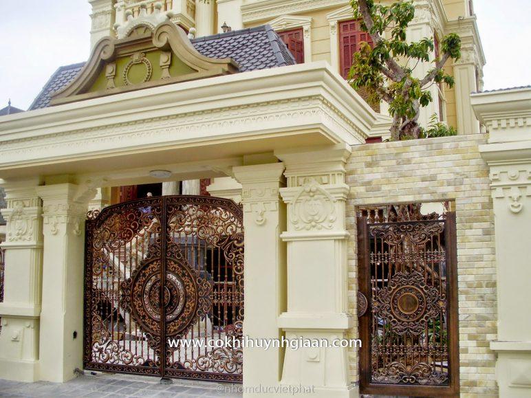 Cổng nhôm đúc mỹ nghệ CND1013