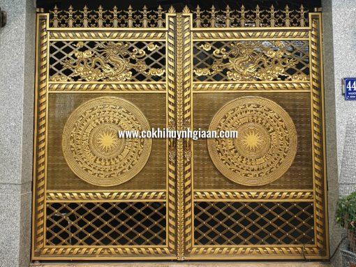Cổng nhôm đúc mỹ nghệ CND1022