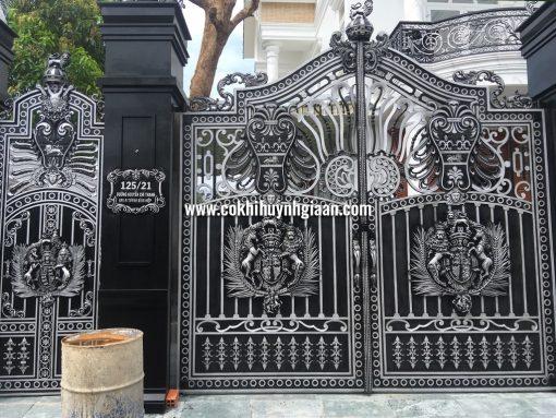Cổng nhôm đúc mỹ nghệ CND1024
