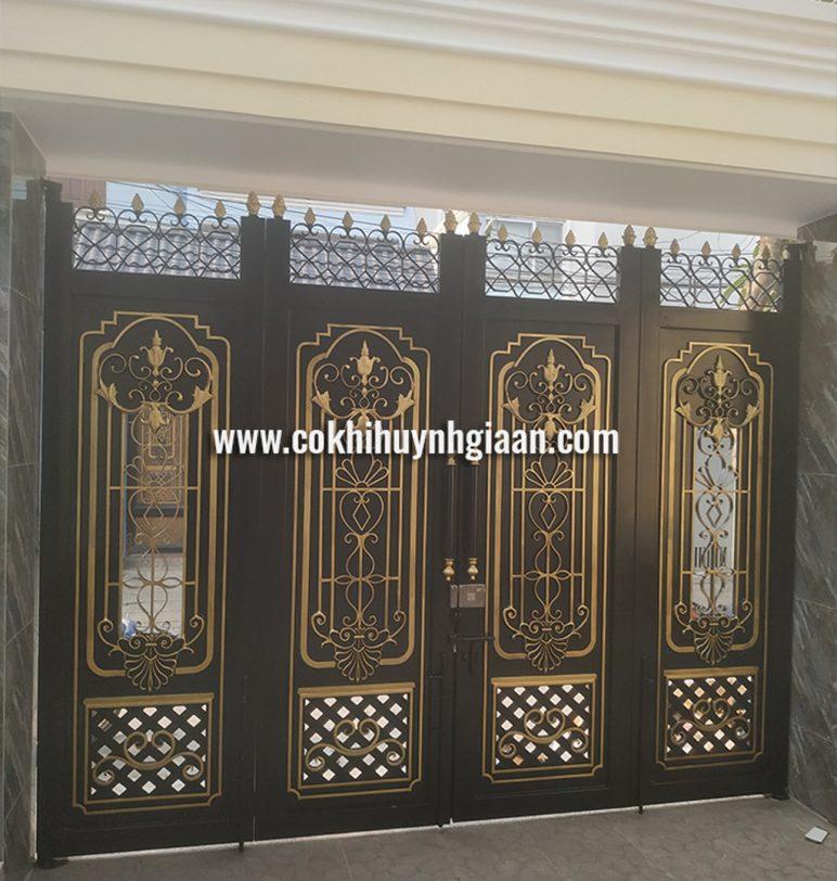 Cửa cổng Mỹ thuật CMT1112