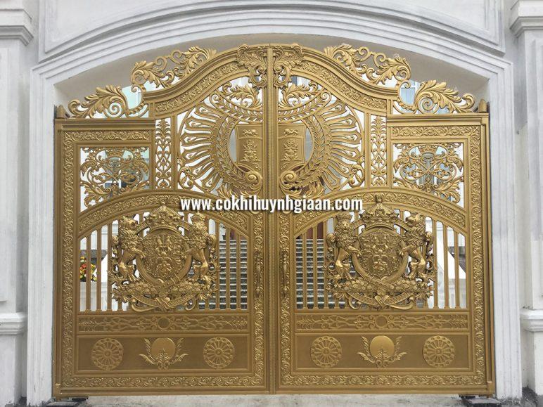 Cổng nhôm đúc mỹ nghệ CND1029