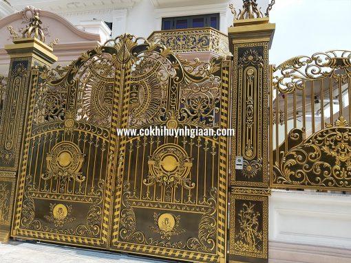 Cổng nhôm đúc mỹ nghệ CND1031