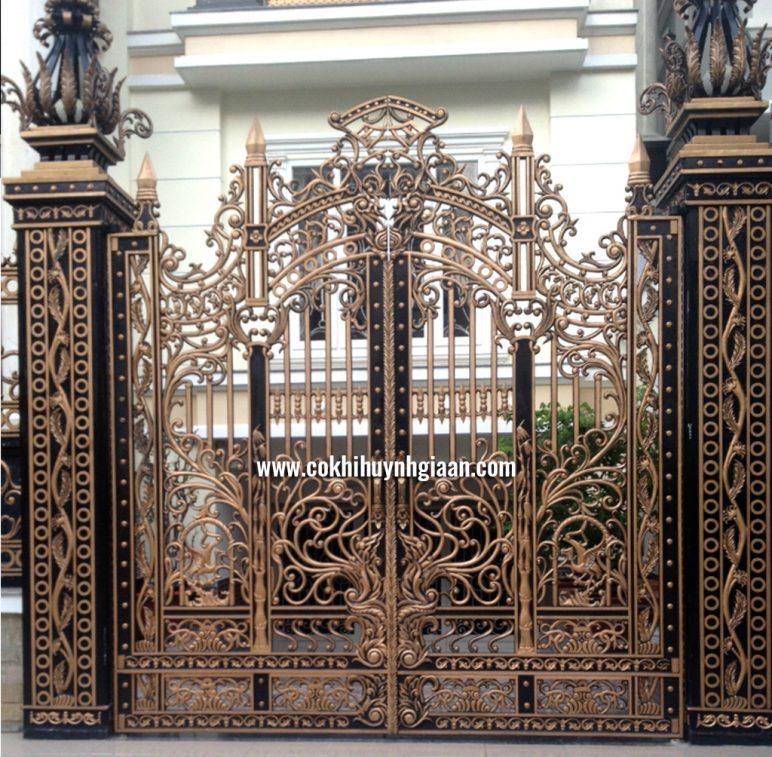 Cổng nhôm đúc mỹ nghệ CND1036