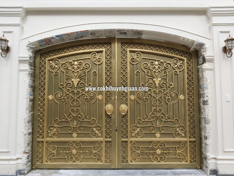 Cửa cổng Mỹ thuật CMT 1098