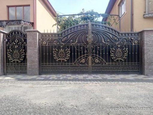 Cửa cổng Mỹ thuật CMT1126