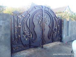 Cửa cổng Mỹ thuật CMT1136